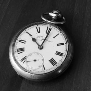 Ceasornicarul – meseriaș de modă veche?